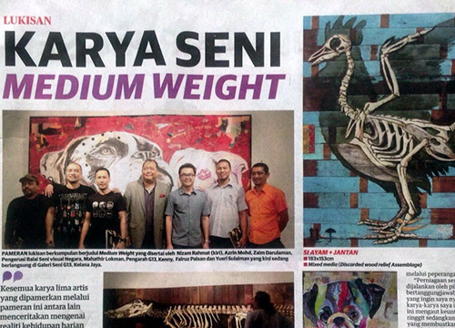 Medium Weight : Group Exhibition was listing in Mingguan Malaysia on May 2015